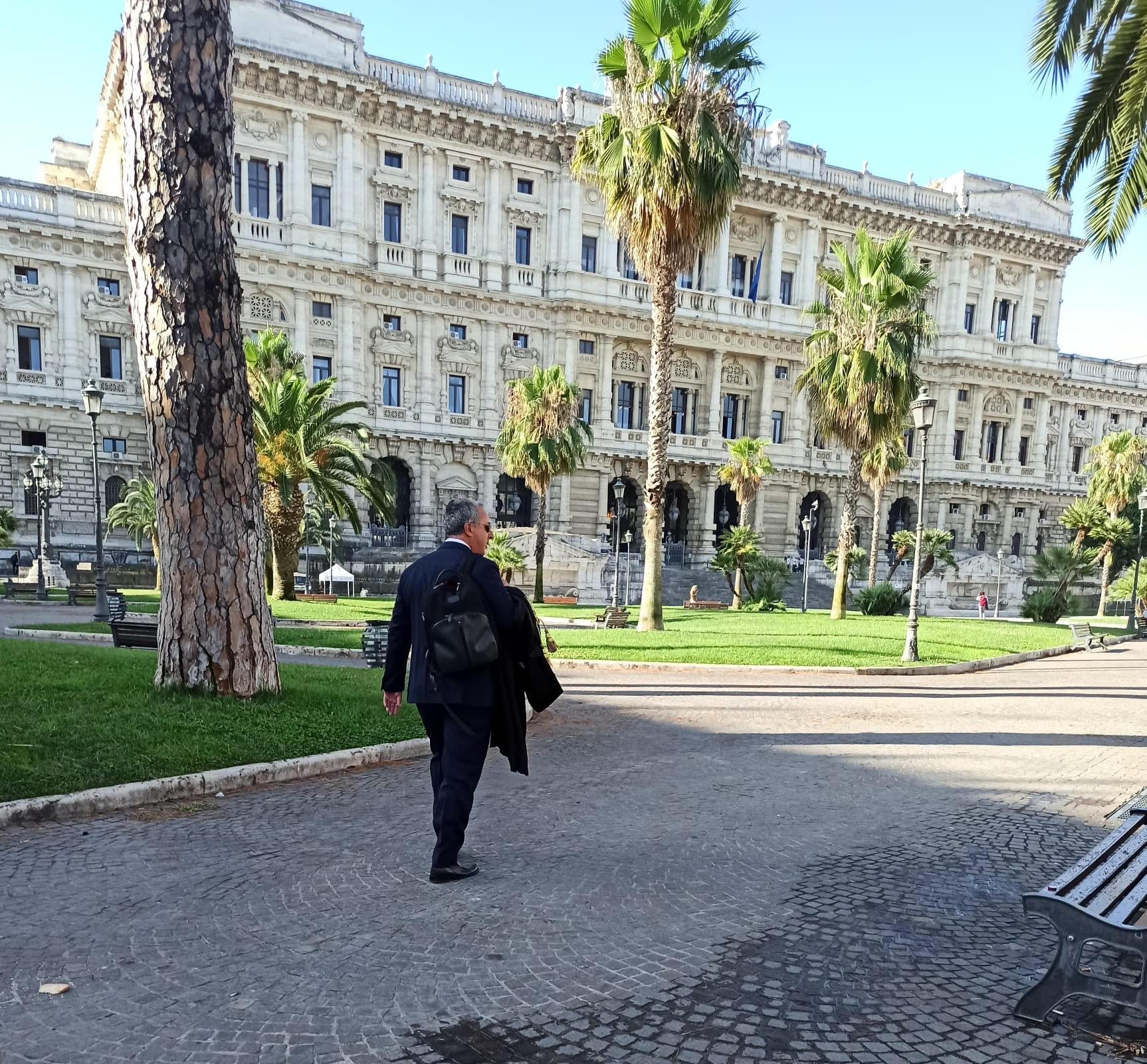 Accertamento fiscale, la Cassazione accoglie il ricorso di LibrAvvocati: il caso di un contribuente  torna in Commissione Tributaria